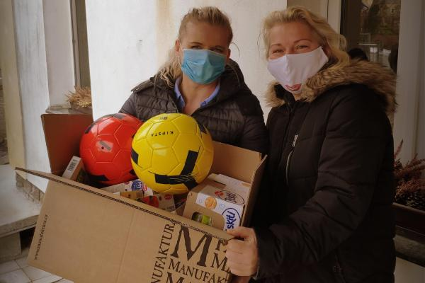 Lektorky Zdravé 5 se podílely na pomoci pro dětské domovy po celé České republice