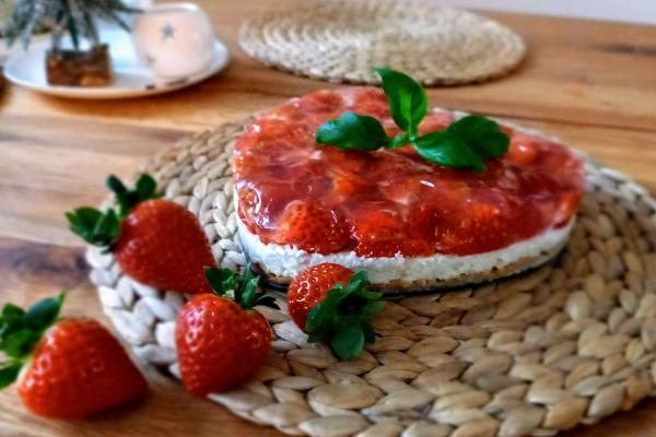 Valentýnský jahodový dortík